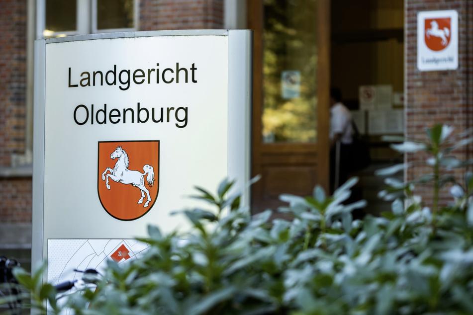 Das Landgericht Oldenburg befasst sich ab Dienstag mit einem Messermord. (Archivbild)