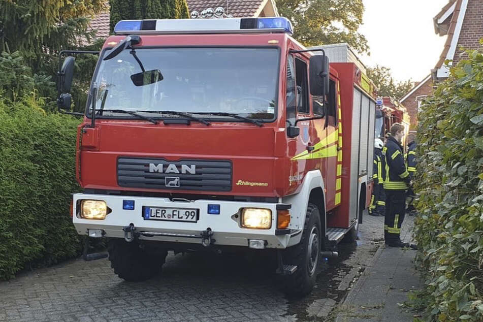 Die Feuerwehr konnte das Müllfeuer schnell löschen.