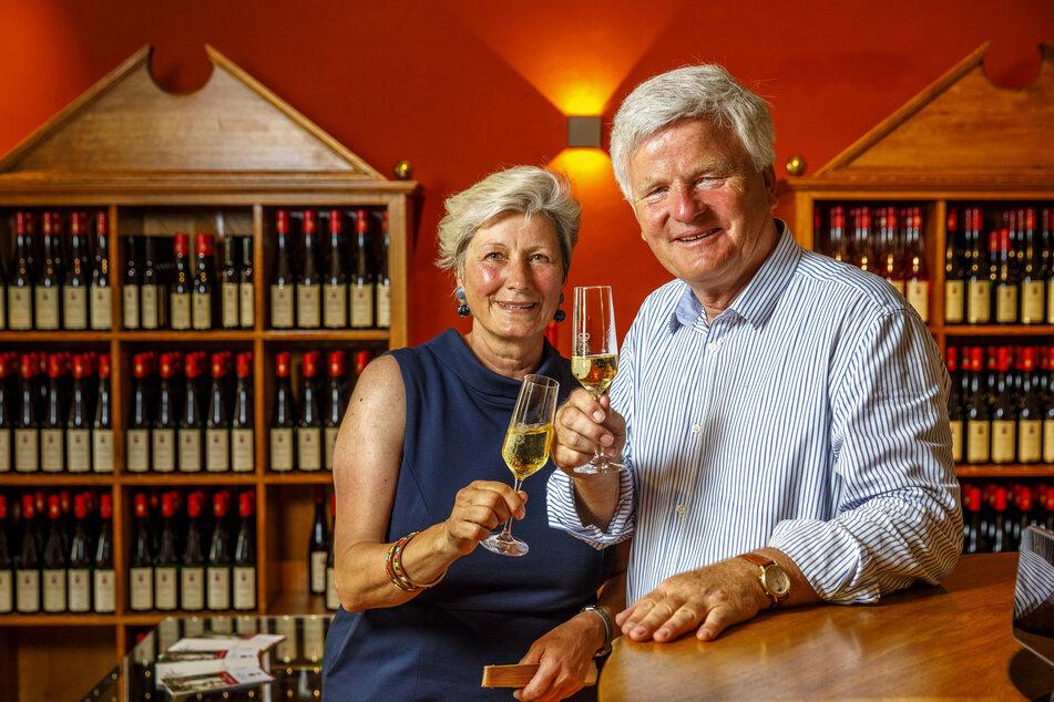 Das Paar der Weine: Winzer Georg Prinz zur Lippe (63) und seine Prinzessin Alexandra zur Lippe (57) lieben's edel.