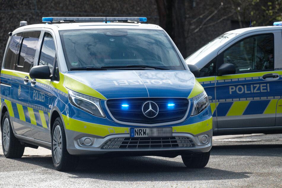 Fluchtwagen rast frontal auf Polizist zu: Der eröffnet das Feuer