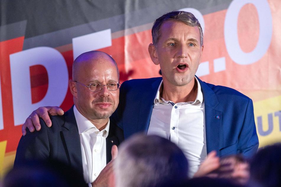 Andreas Kalbitz (47) und Björn Höcke (48) bei der Landtagswahl 2019 in Thüringen. (Archivbild)