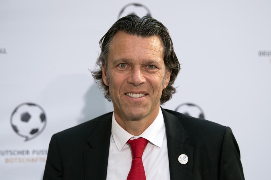 Urs Meier leitete von 1977 bis 2004 knapp 900 Spiele, darunter auch ein WM-Halbfinale und Champions-League-Endspiel mit deutscher Beteiligung.