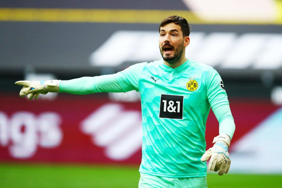 Roman Bürki (30) sprang im Saison-Endspurt nochmal in die Bresche und hatte seinen Anteil daran, dass sich der BVB für die Königsklasse qualifizierte und den Pokal holte.