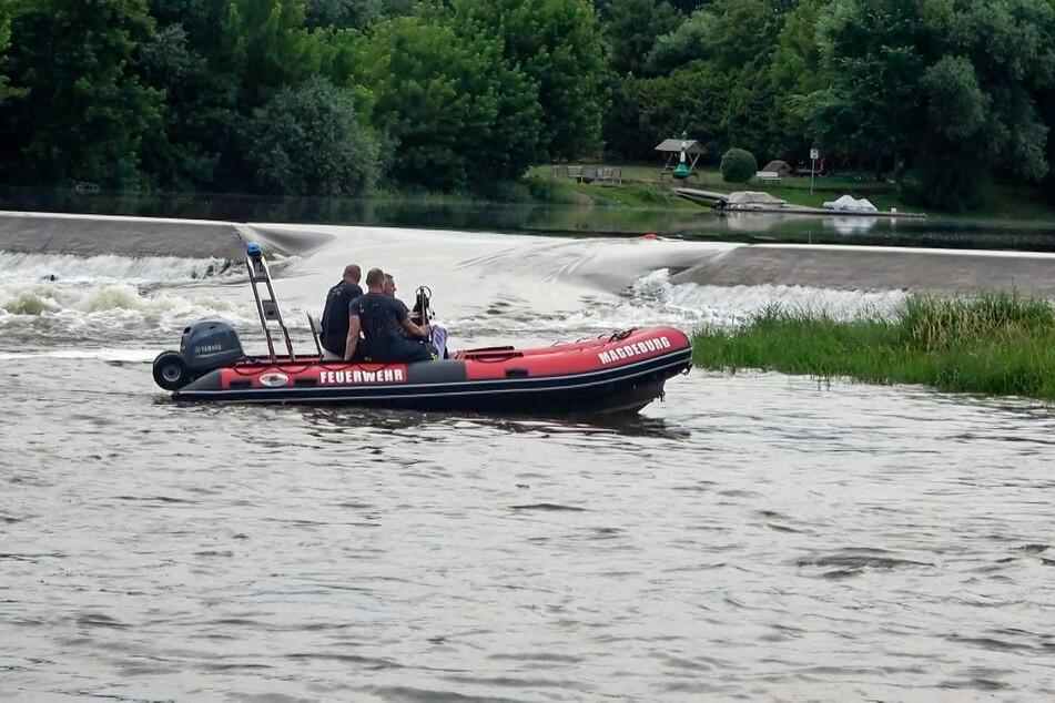 Der Vermisste sprang am Sonntag in eine solche Wasserwalze. Diese produziert eine gewaltige Strömung, die auch für erfahrene Schwimmer gefährlich werden kann.