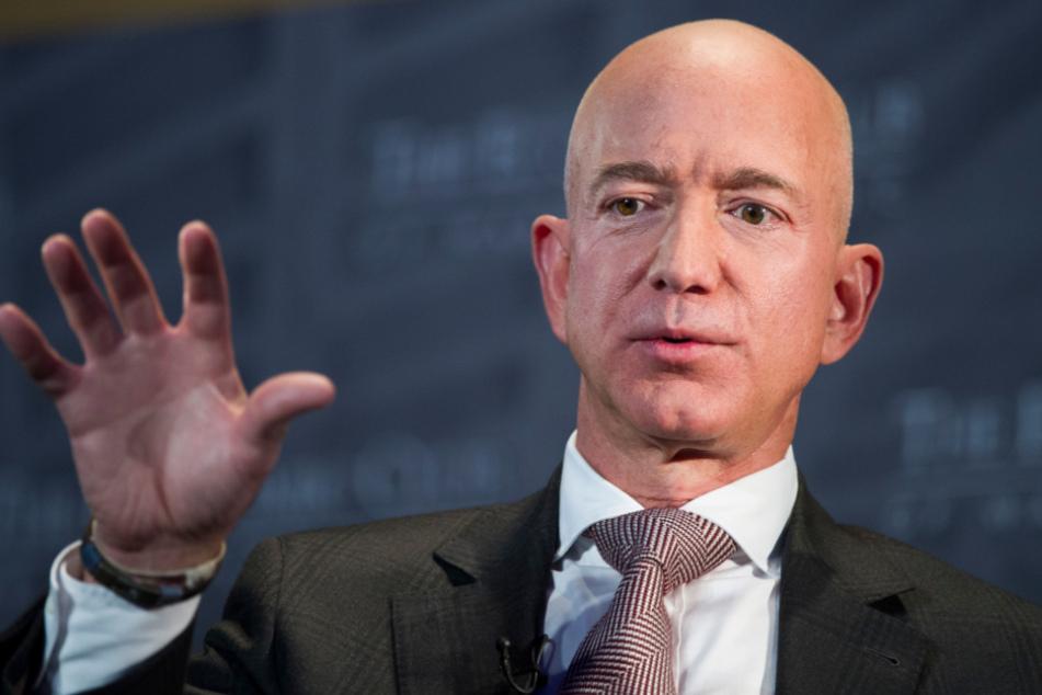 Amazon-Boss Jeff Bezos (56) sieht sich plötzlich einer Flut von Wut- und Hass-Kommentaren gegenüber.