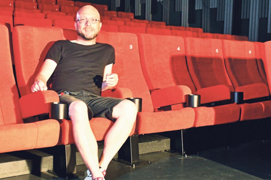Bernhard Reuther (42) im neuen Zentralkino im Kraftwerk Mitte.