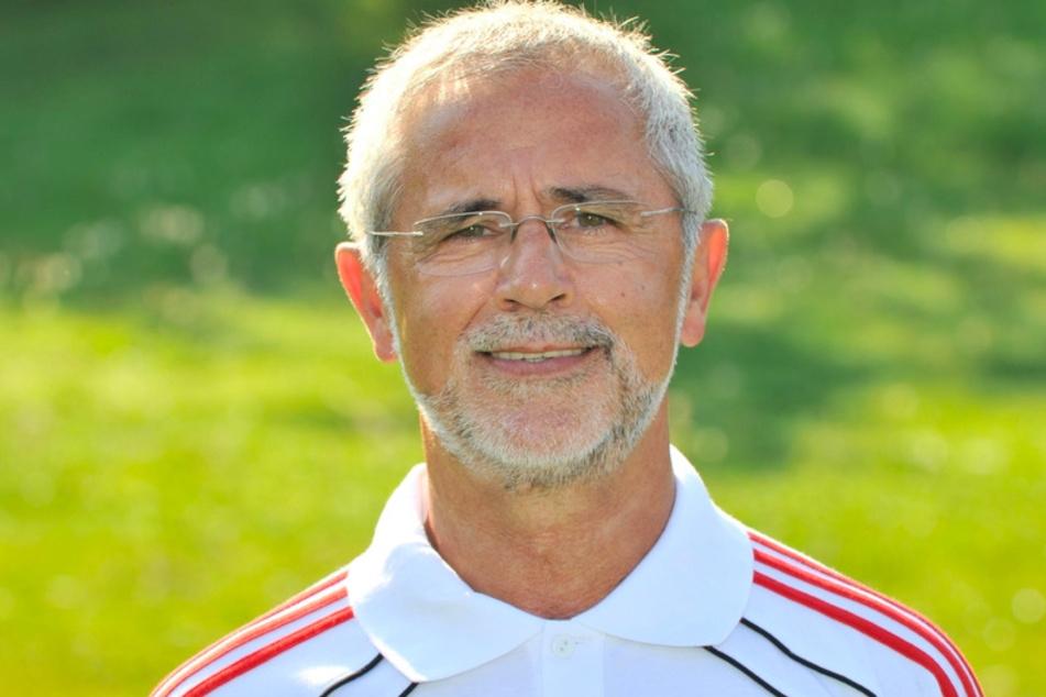 Gerd Müller, aufgenommen im Jahr 2010 auf dem Vereinsgelände des FC Bayern München. (Archivbild)