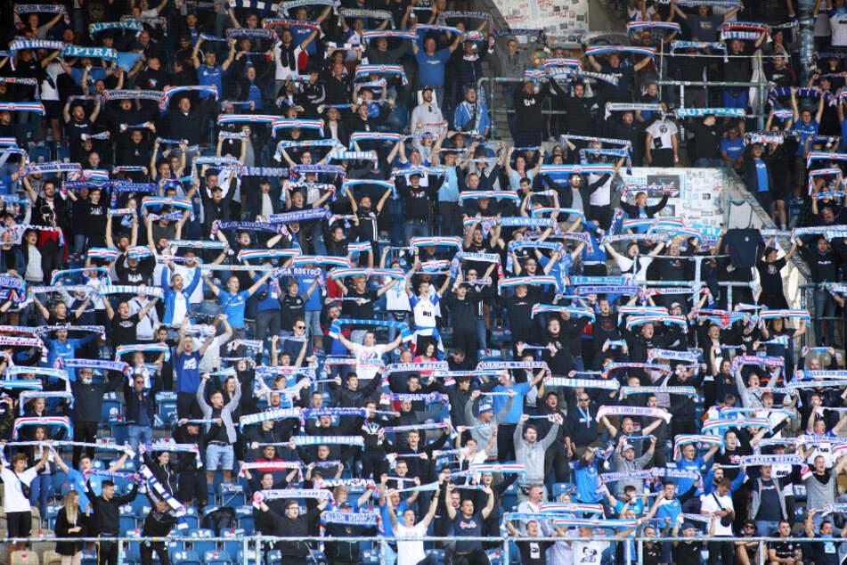7500 Rostocker durften gegen den VfB dabei sein.