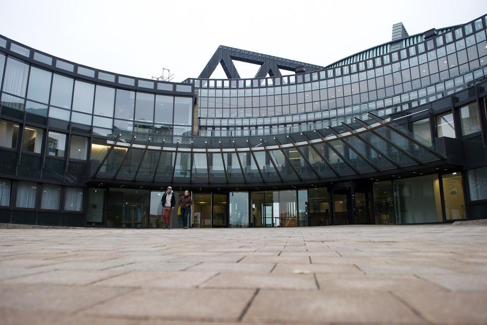 Nach Vorfällen im Bundestag will der Düsseldorfer Landtag sich in Zukunft besser gegen Störenfriede schützen. (Archivfoto)
