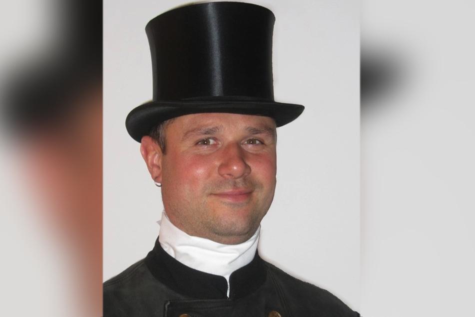 Schornsteinfeger André Böttcher (41) füllte für Kunden schon Lottoscheine aus.