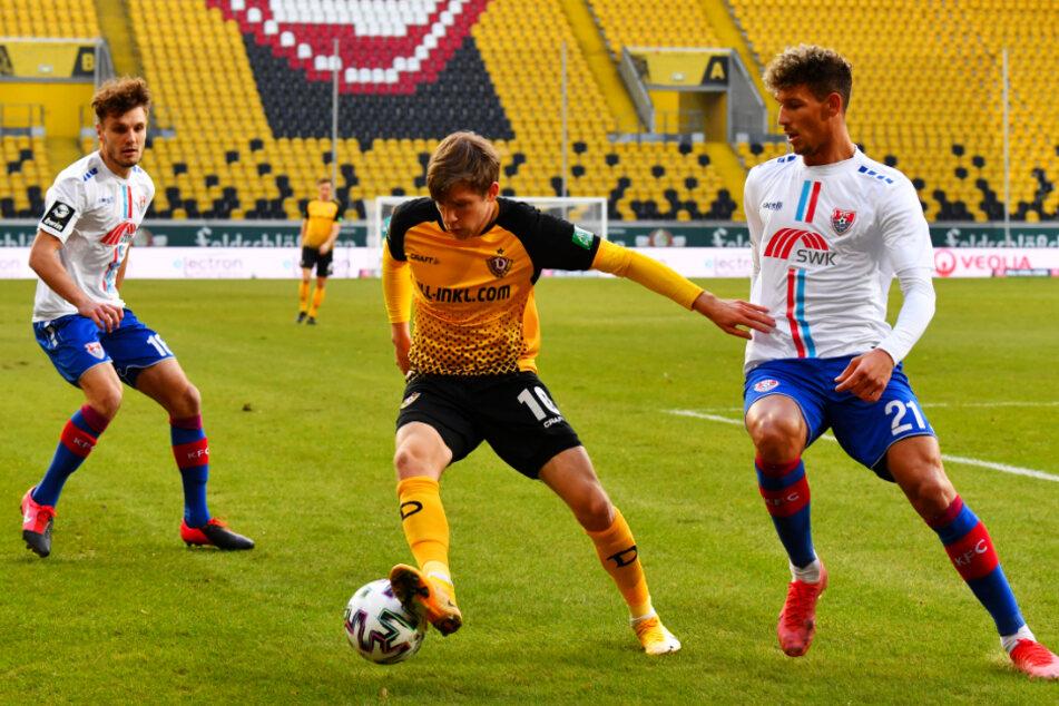 Heinz Mörschel (23, r.) soll den verletzten Patrick Weihrauch (26, M.) bei Dynamo Dresden ersetzen.