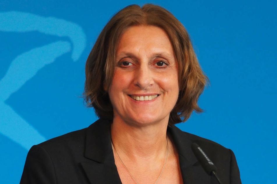 KMK-Präsidentin Britta Ernst (60, SPD) will die Schulen bei einer möglichen vierten Corona-Welle nur im äußersten Notfall wieder schließen.