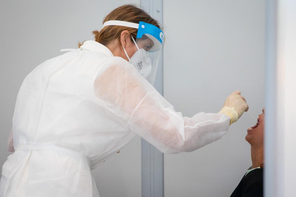 Coronavirus: Mehr Schnelltests für Risikogruppen ohne Symptome geplant