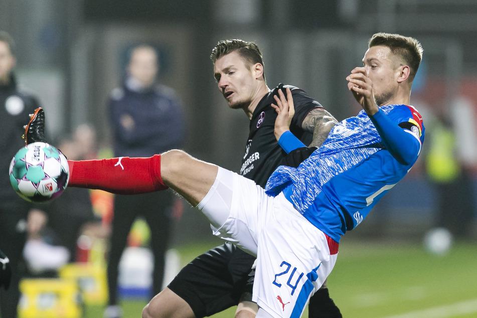 Das Hinspiel am 16. Dezember 2020 konnte Holstein Kiel mit 1:0 für sich entscheiden. Der 1. FC Nürnberg muss mit einer Revanche nun noch warten.