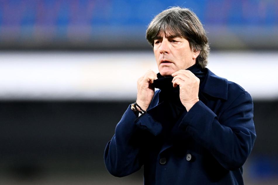 Bundestrainer Joachim Löw (60) steht momentan im Kreuzfeuer der Kritik.