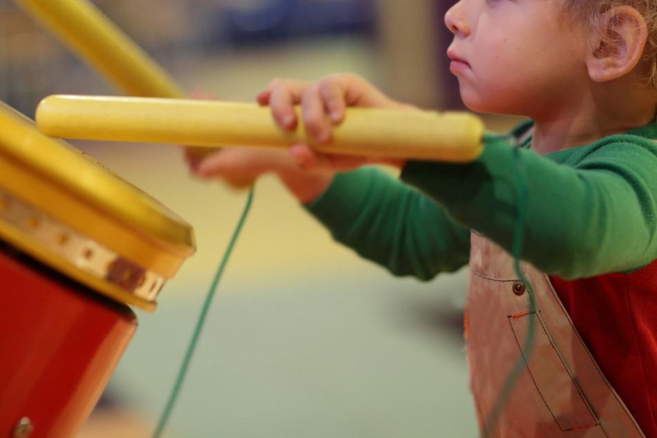 Kinder, die beim Spielen auch noch Lärm machten - das war für einige Leute in der Nachbarschaft zu viel. (Symbolbild)