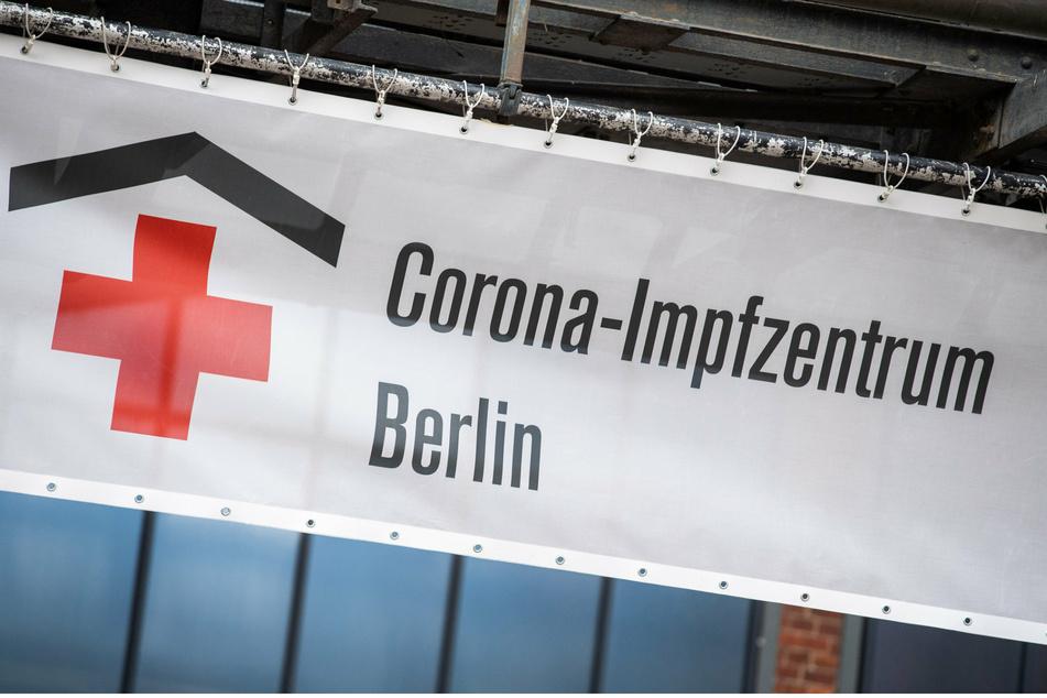 Das Impfzentrum in der Arena in Treptow.