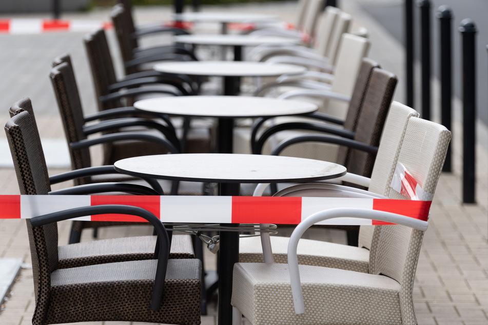 """""""Mir blutet das Herz"""" sagt Kretschmer zu den Demonstrationen der Gastronomen und Hotelbesitzer, die er in Dresden gesehen hat."""