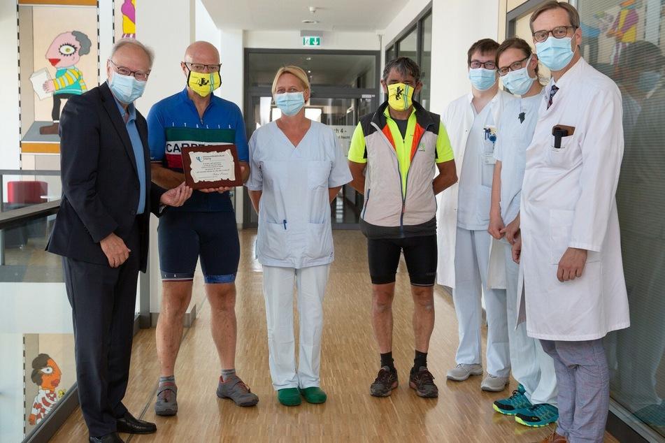 Am UKL wurden die Besucher aus Bergamo vom Vorstand Prof. Christoph Josten (l.), Prof. Sebastian Stehr (r.) und weiteren Mitarbeitern freundlich empfangen.