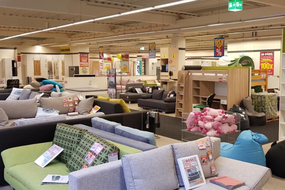 Möbel Boss muss schließen und gibt bis Samstag (15.5.) bis 50% Rabatt