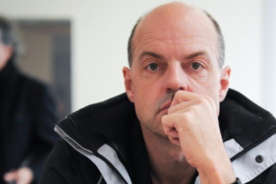 Der frühere Reemtsma-Entführer Thomas Drach (60) soll mit Komplizen 2018 und 2019 drei Überfälle auf Geldtransporter in Köln und Frankfurt am Main begangen haben.