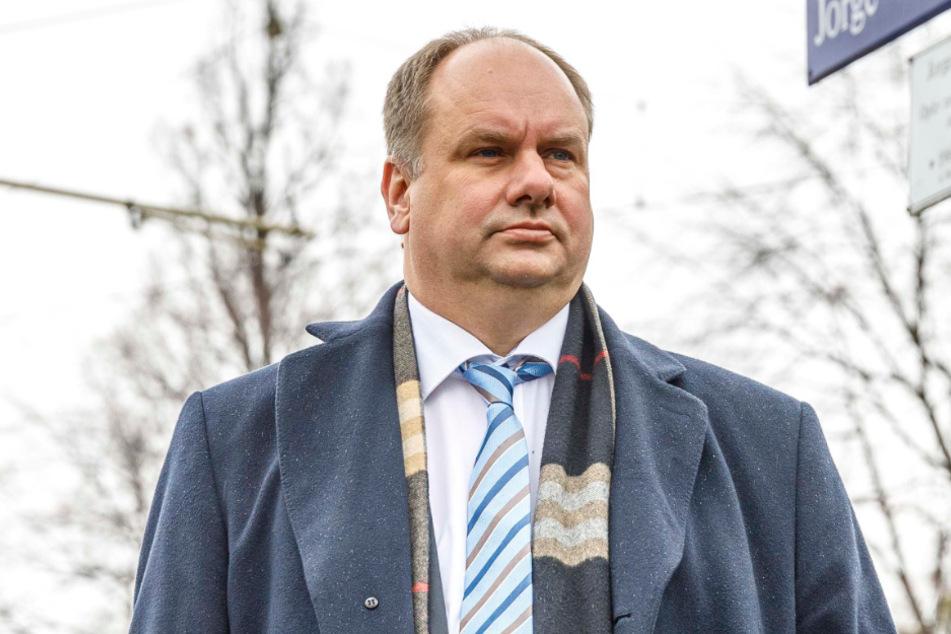 Will allen kleinen Dresdner Unternehmen sofort helfen: OB Dirk Hilbert (48, FDP).