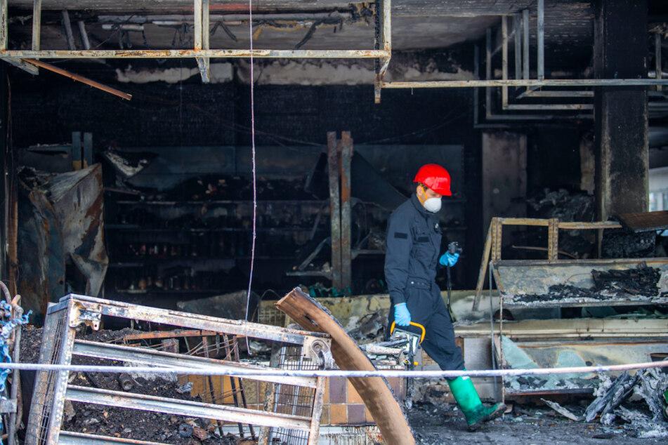 Attentäter von Waldkraiburg gesteht geplante Anschläge, Bevölkerung weiter besorgt