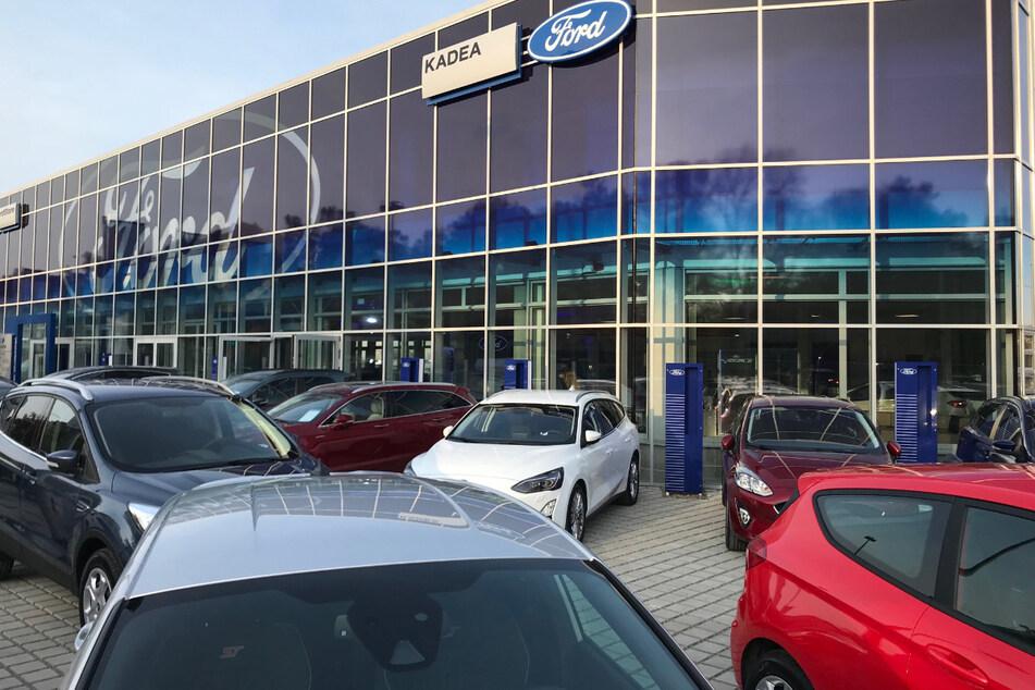 In diesem Berliner Autohaus werden Service-Leute und Führungskräfte gesucht