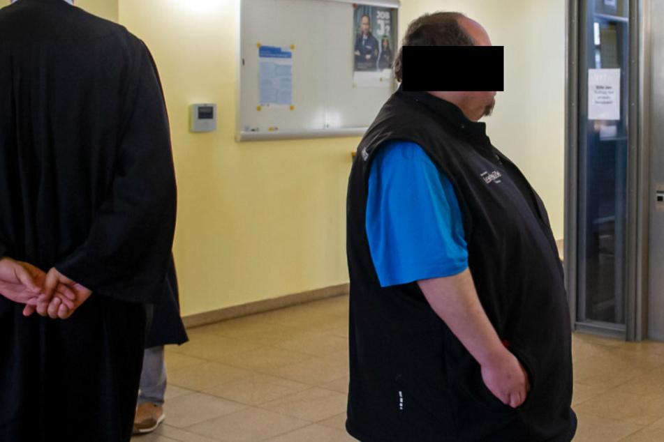 Mit 125 Kilo Lebendgewicht warf er sich auf sie: Patient wollte Pflegerin vergewaltigen