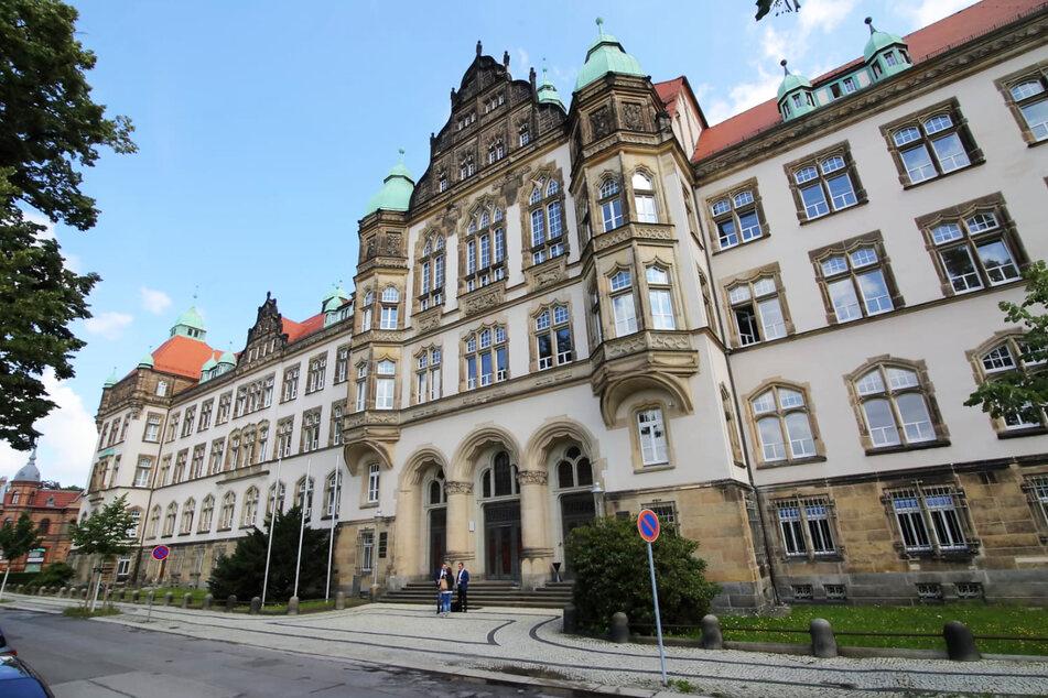 Das Amts- und Landgericht in Bautzen bleibt vorerst für Besucher geschlossen. (Archivbild)
