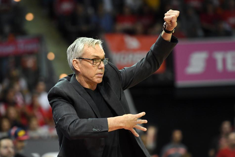 Der neue Bundestrainer im Einsatz: Gordon Herbert (62), hier noch als Trainer der Fraport Skyliners Frankfurt, übernimmt das DBB-Team.