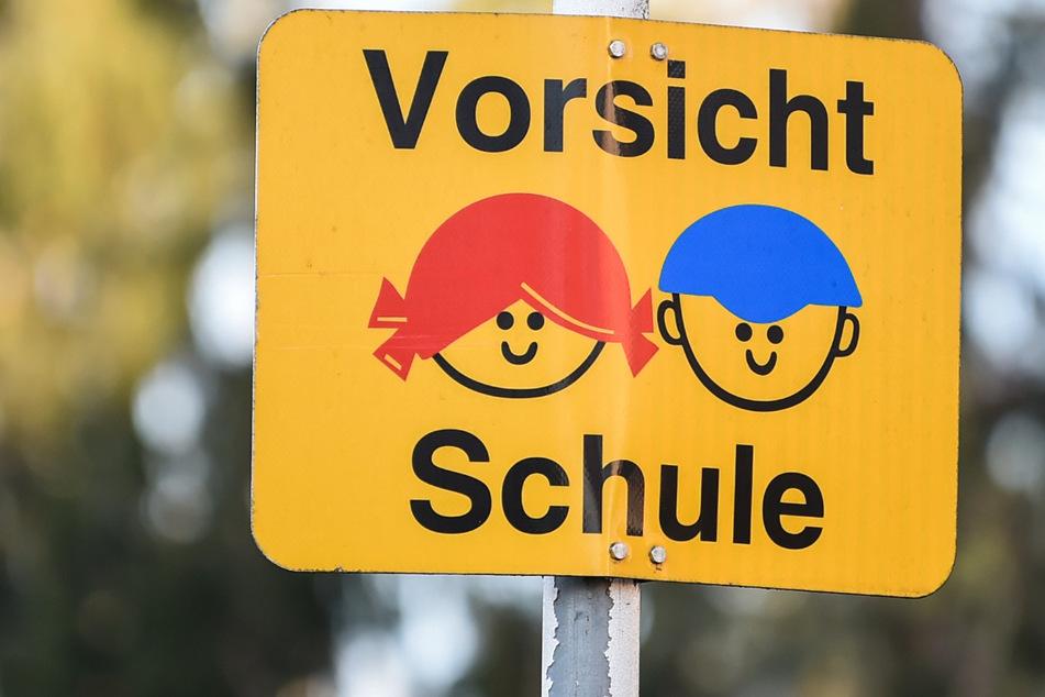 Nach Zirkusaufführungen in der Freien Waldorfschule in Freiburgs Stadtteil St. Georgen ist es zu einem Corona-Ausbruch gekommen. (Symbolbild)