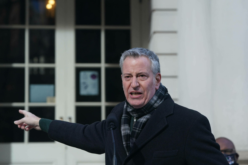 Mayor Bill de Blasio faced criticism for his defense of the NYPD in summer 2020.