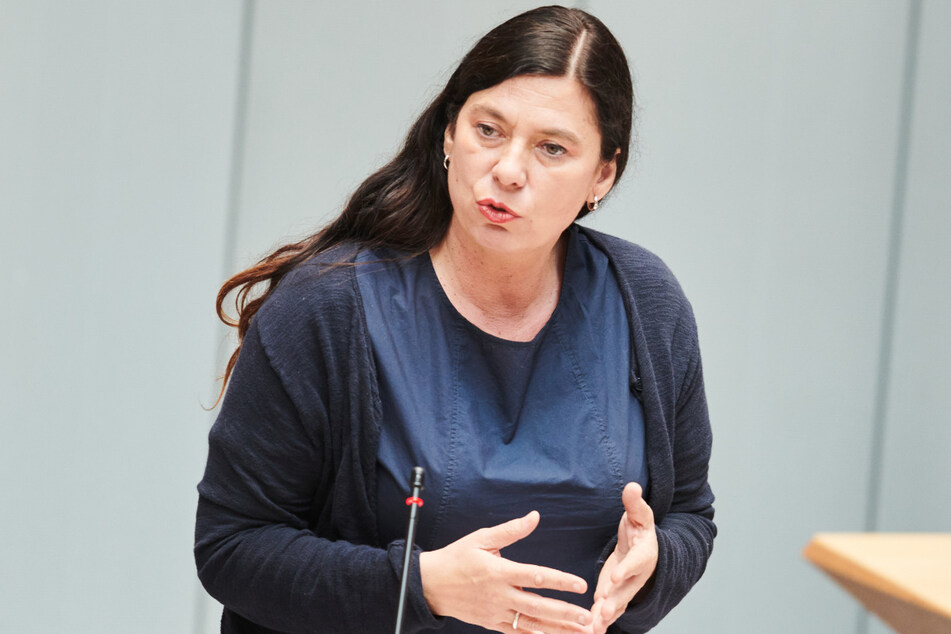 Berlins Bildungssenatorin Sandra Scheeres (51, SPD) war ausdrücklich gegen die Rückkehr zum Regelbetrieb. Doch das Verwaltungsgericht entschied anders.