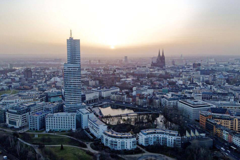 Das Wetter in Köln und NRW bleibt noch sonnig, aber Wolken nahen