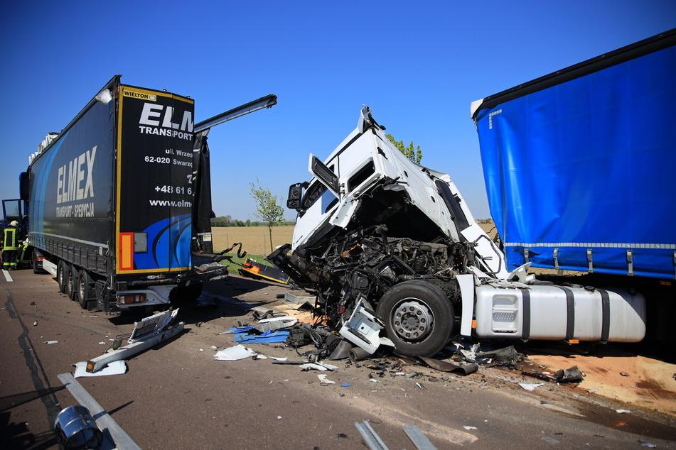 Auf der A14 ist es am Donnerstag zu einem schweren Unfall gekommen.