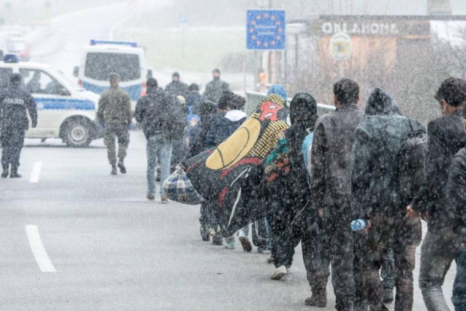 Deutschland weist täglich bis 200 Flüchtlinge an der Grenze ab