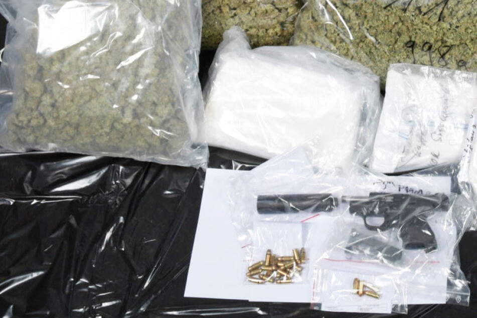 Scharfe Pistole und Drogen im Wert von 300.000 Euro: Polizei gelingt großer Schlag in Kassel