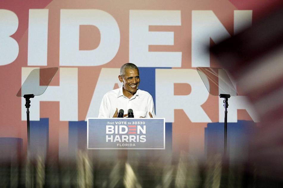 Barack Obama (59), ehemaliger Präsident der USA, setzte sich im Wahlkampf für den demokratischen Präsidentschaftskandidaten Biden (77) ein.