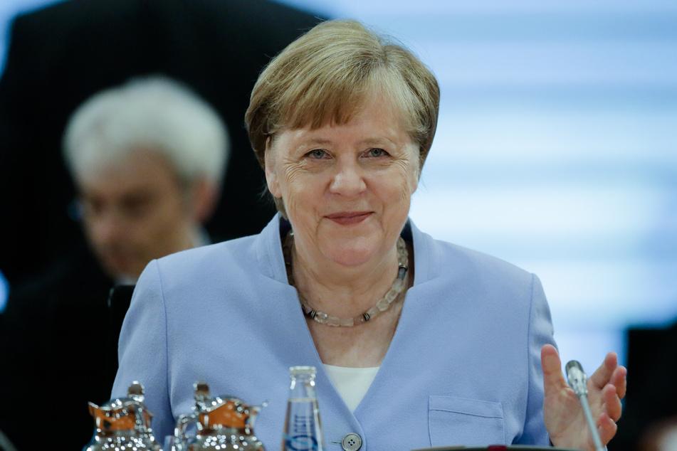 Bundeskanzlerin Angela Merkel (CDU) leitet am heutigen Freitag eine Sondersitzung des Bundeskabinetts.