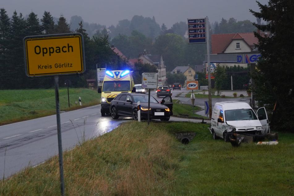 Beim Überholen zusammengestoßen: Unfall in Oppach