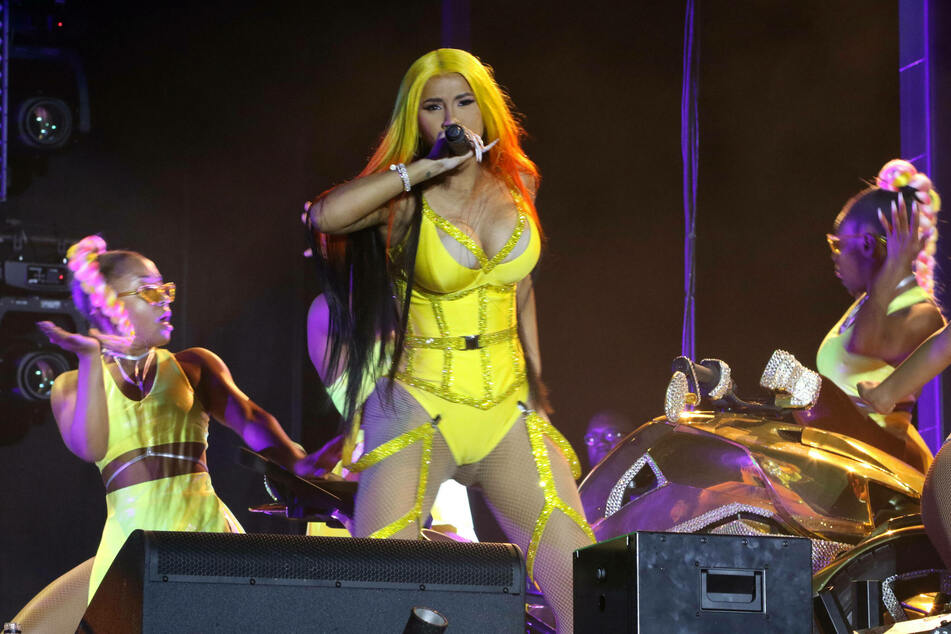 Whether in her music videos or live on stage, Cardi B always puts on a big show.