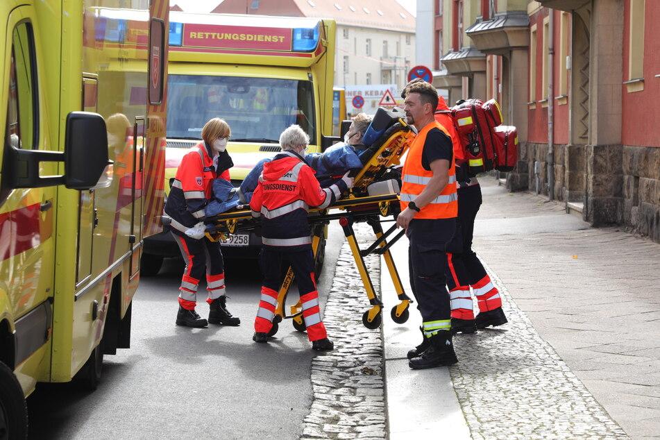 Drei Personen wurden bei dem Unglück verletzt.