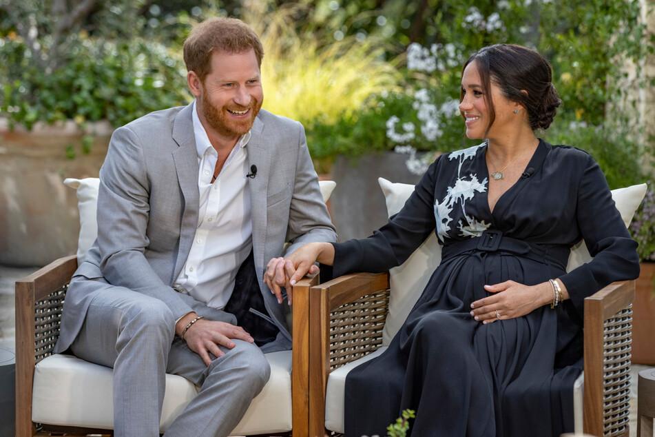 Nach Vorwürfen von Harry und Meghan: Krisentreffen der britischen Royals