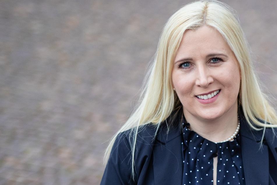 """Singende Bürgermeisterin"" Josefa Schmid gewinnt Wahl"