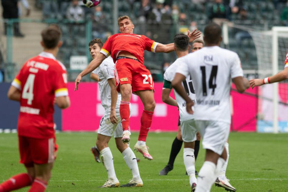 Nico Schlotterbeck (l.) erzielte für Union Berlin den 1:1 Ausgleich nach einer Ecke.