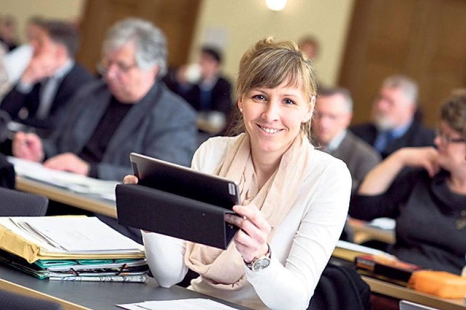 Erste Tests: Mit iPads gegen Papierflut im Rathaus