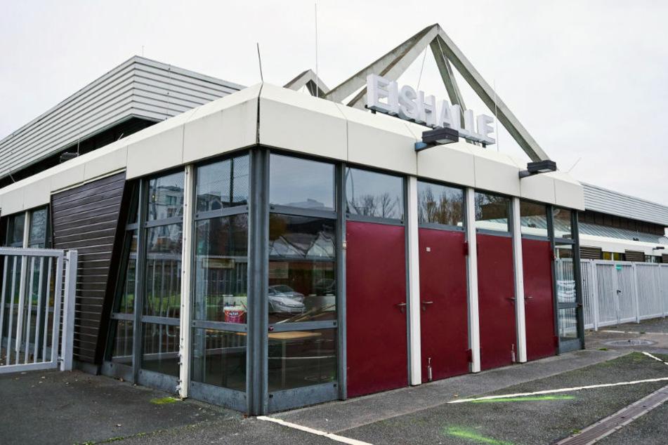 Am Donnerstag soll Berlins zweites Impfzentrum im Erika-Heß-Eisstadion im Bezirk Wedding eröffnet werden. Hier soll ab Freitag ebenfalls der Impfstoff von Moderna zur Anwendung kommen.