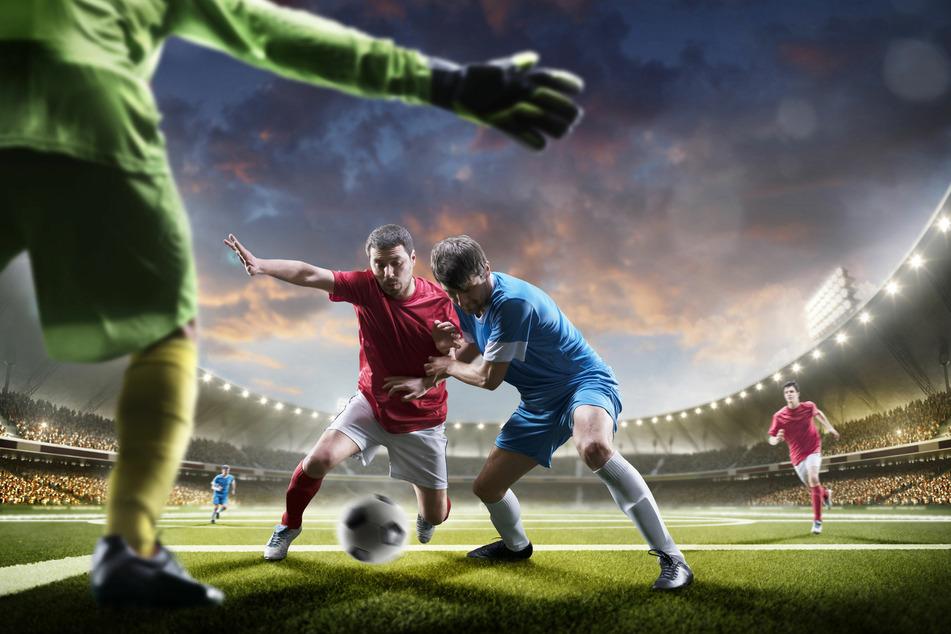 Aktuelle News über Fußballvereine geben Euch einen Einblick in die Welt der Kicker. (Foto © 123RF/Ievgen Onyshchenko)