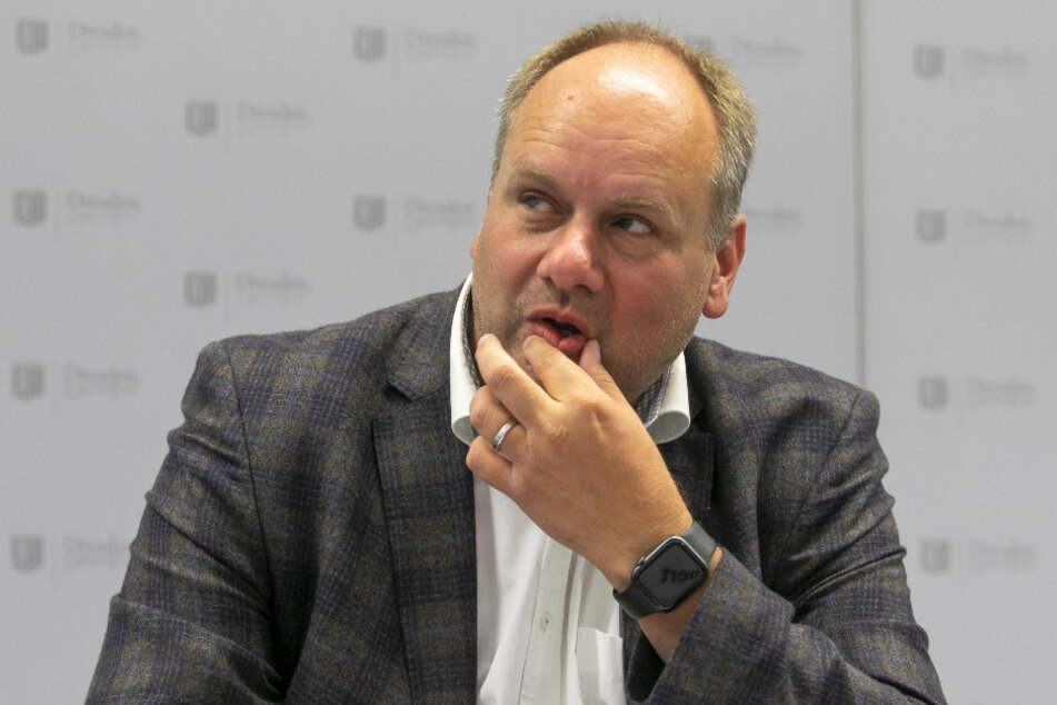 """OB Dirk Hilbert (48, FDP): """"Den Haushalt auf aktuellem Niveau zu halten, ist eine Riesenleistung""""."""